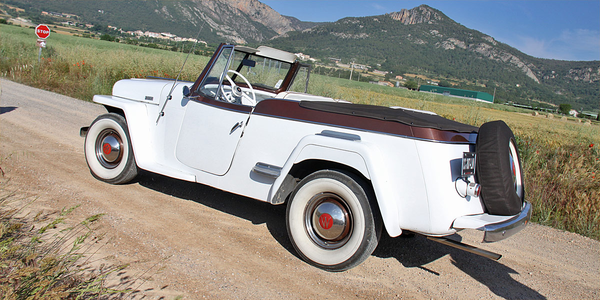 Willys Overland Jeepster